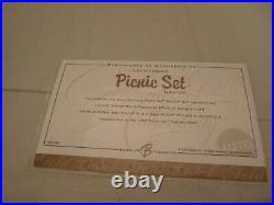 2004 Platinum Label Picnic Set 1959 Reproduction Collector Request Blonde Barbie