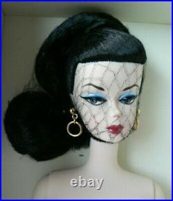 2009 Paris Convention Silkstone Debut Barbie Doll #N6622Platinum Label NRFB