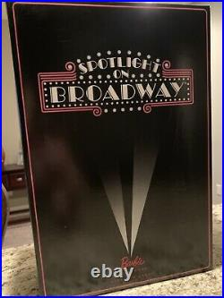 2015 US Convention Spotlight on Broadway NRFB Signed by Linda Kyaw