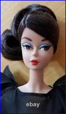 2016 Madrid Spain Convention Silkstone Barbie Mint withStand NO BOX