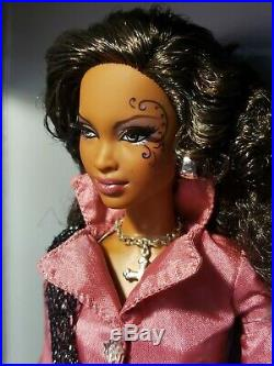 Aa Barbie And The Rockers Reunion 2010 Convention Doll Platinum Label Mattel