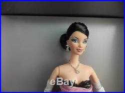 Brunette Film Noir Barbie Platinum Label 2006 Convention Doll NRFB Magia 2000