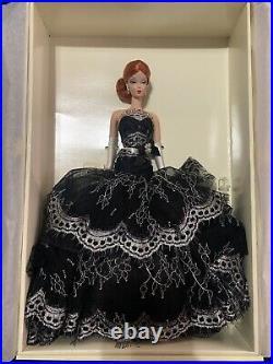 Dalia Silkstone Barbie NRFB Platinum Label