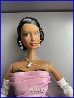 Film Noir Convention Aa Barbie -nrfb Platinum Le500