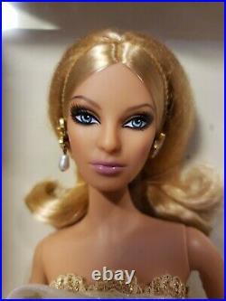 Glimmer Of Gold Barbie Doll Bfc Exclusive 2009 Platinum Label Mattel R4495 Nrfb