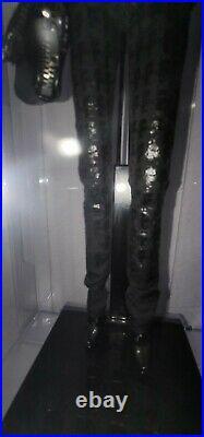 Karl Lagerfeld Platinum Barbie Doll # 435 of 999 Worldwide. MIB. Rare