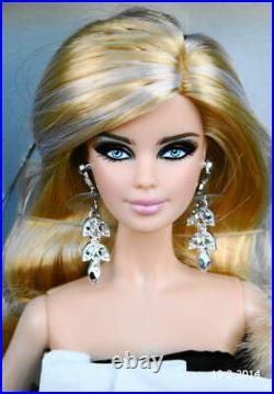 M 2013 Platinum Label Black & White BEADED GOWN BARBIE doll NRFB with Shipper