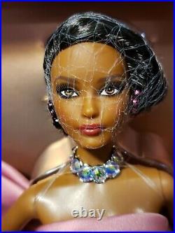 Paris Evening Gown Yves Saint Laurent Platinum Labelbarbie Doll Mattel Fpv66 Nib