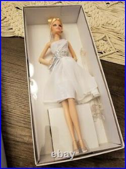 Pinch of Platinum Barbie Doll Platinum Label NRFB 2011