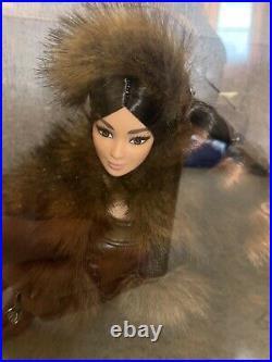 Star Wars Chewbacca Barbie Platinum label NRFB Gorgeous! In Shipper