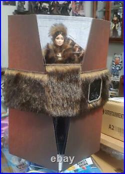 Star-wars Chewbacca Barbie Platinummib. Faux-fur. Rare. Ships Worldwide