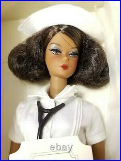The Nurse AA Silkstone Barbie PLATINUM LABEL NRFB 999